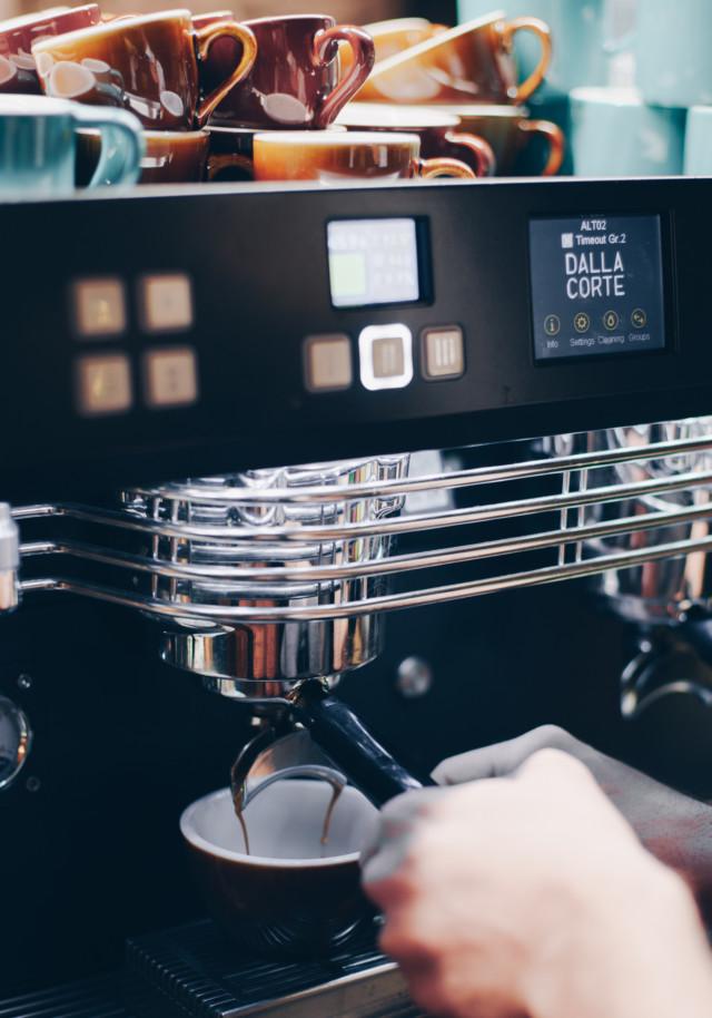 Espresso y molino - El Magnífico